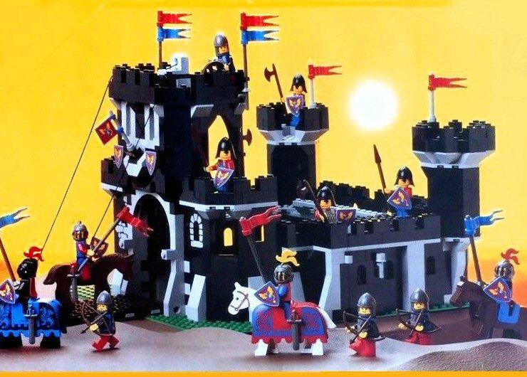Les jouets de notre enfance. - Page 2 Lego-Castle-1988-6085B