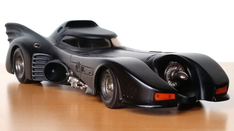 Batmobile au 1/18ème par Hot Wheels (2003)